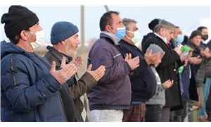 Erzurum'da köylüler kar duasına çıktı