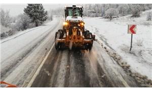 Mansur Yavaş, karla mücadele çalışmalarını canlı konum ve güzergahlarıyla yayınladı
