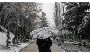 Meteoroloji saat verdi: İstanbul'da kar yağışı yarın başlayacak