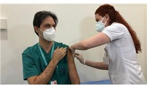 Koronavirüs: Sinovac aşıları, sağlık çalışanlarına yapılmaya başlandı