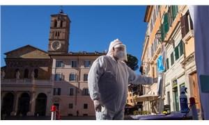 İtalya'nın 3'te 2'si Covid-19 salgınında yüksek riskli kapsama alındı