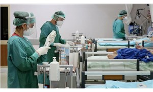 Sağlık çalışanlarına getirilen izin kısıtlaması kaldırıldı