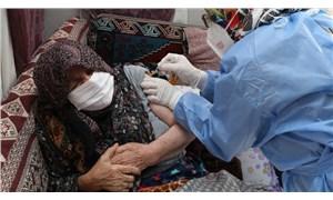 85 yaş üzeri yurttaşlar evlerinde aşılanmaya başlandı