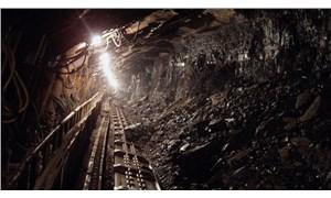 Çin'de çöken madende toprak altındaki madenciler 15 gün daha bekleyecek
