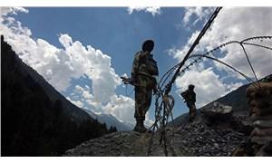 Hindistan basını: Çin - Hindistan askerleri çatışmaya girdi, yaralılar var