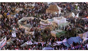 Tahrir'i 10 yıl önce dolduran halk arayışta