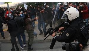 İstanbul Valiliği: Kadıköy'de gözaltına alınanlar silahlı terör örgütleriyle irtibatlı