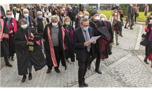 Boğaziçi'ne destek açıklaması yapmak isteyen akademisyenlere polis izin vermedi!