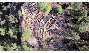 Defineciler 3 bin 500 yıllık Pedasa Antik Kenti'ni talan etti