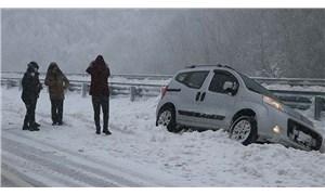 Batı Karadeniz'de 5 ilde 577 köy yolu ulaşıma kapandı