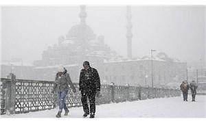 İstanbul'da kar yağışı etkisi arttı, sıcaklıklar düşecek