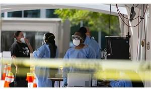 Florida'da iki kadın Covid-19 aşısı olabilmek için yaşlı gibi giyinip hastaneye gitti