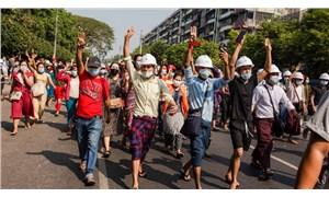 Myanmar'da darbe karşıtı gösterilere ordudan tehdit: 'Ölümcül güç kullanırız!'