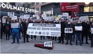 Kafe-bar çalışanları: Hesabı biz ödemeyeceğiz