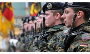 Alman ordusunda neo-Nazi alarmı