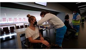 Madrid'de toplu koronavirüs aşılamalarına stadyumda başlandı