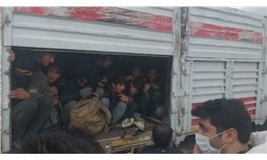 Kaza yapan TIR'dan 114 göçmen çıktı
