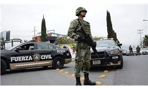 Meksika'da yol kenarında başlarına kurşun sıkılmış 6 kişinin cansız bedeni bulundu