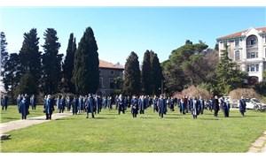 Akademisyenler de öğrenciler de vazgeçmiyor: Boğaziçi'nde direnişe devam