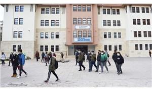 Okullar kaosa açıldı