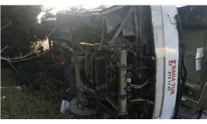 Bursa'da işçileri taşıyan otobüs devrildi: 18 yaralı