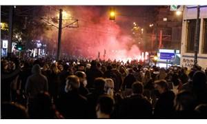 Yunanistan'da binlerce kişi, polis şiddetini protesto etti