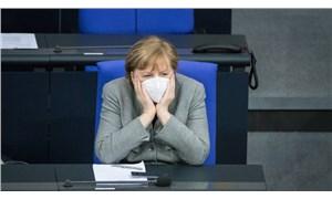 Merkel'in partisi iki eyalette seçimi kaybetti