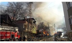 Yusufeli'nde 50'ye yakın ev yandı