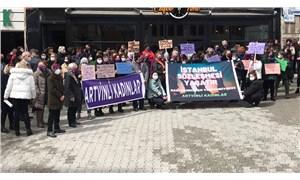 Artvin'de kadınlar İstanbul Sözleşmesi için meydanlarda: Vazgeçmiyoruz