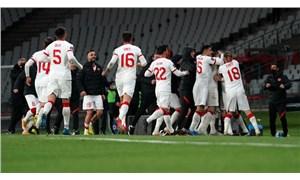 Türkiye Hollanda'yı 4 golle geçti