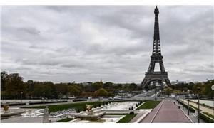 Paris'te tam kapanma kararı ve hareketlilik