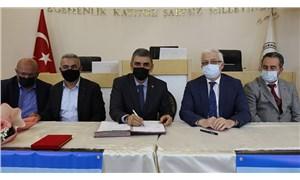 Burhaniye Belediyesi'nde toplu iş sözleşmesi imzalandı