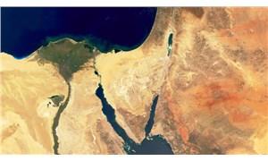 Guardian'ın 1 Nisan şakası: 2'inci 'Süveyş Kanalı' geliyor