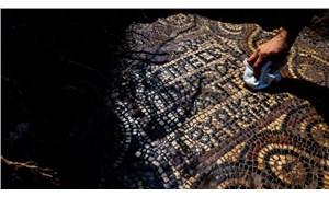 İzmir'de kaçak kazı sırasında 1500 yıllık mozaik bulundu
