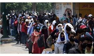 Hindistan'da 'rekor': Günlük vaka sayısı 100 bini geçti