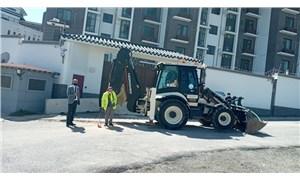 Ankara Büyükşehir Belediyesi'nden Çin Büyükelçiliği önünde 'kayıp kaçak' kazısı