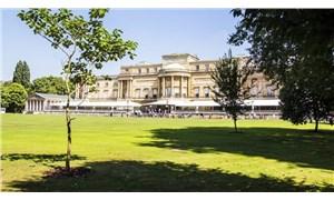 Tarihte bir ilk: Buckingham Sarayı'nın bahçesi halka açılıyor