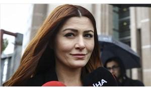 Başörtülü kadınlara hakaret ettiği iddiasıyla yargılanan Deniz Çakır hakkında mütalaa açıklandı