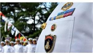 Bildiriye imza attığı için gözaltına alınan emekli amiral, orduevinden atıldı