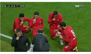 Maçın 10. dakikasında durup iftar yaptılar