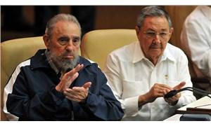 Raul Castro, Küba Komünist Partisi Genel Sekreterliği görevinden ayrıldı