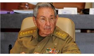 Raul Castro, Küba Komünist Partisi Genel Sekreterliği'nden istifa etti