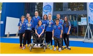 Paralimpik Yüzme Milli Takımı, İtalya'da 14 madalya aldı