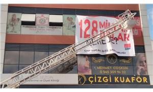 """CHP Bucak İlçe Başkanlığı'nın """"128 Milyar Dolar Nerede?"""" pankartına en üst sınırdan ceza"""