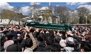 Soylu ve Erbaş katıldı: Koronavirüs tedbirlerine uyulmayan bir 'ayrıcalıklılar' cenazesi daha