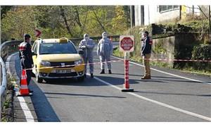 Koronavirüse yakalanan iki kadın cenazeye katıldı: 25 kişi karantinada