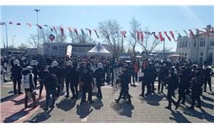 Kadıköy'deki 1 Mayıs çağrısına polis müdahalesi: Çok sayıda kişi darp edilerek gözaltına alındı