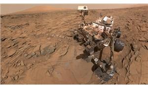 NASA'nın Mars'a indirdiği Ingenuity ilk fotoğrafını gönderdi
