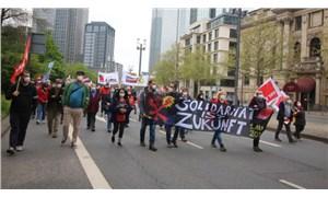 Frankfur'ta 1 Mayıs: DGB'den Alman Postası ve Lufthansa'ya eleştiri