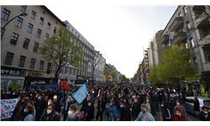 Berlin'de 1 Mayıs kutlamalarına polis müdahalesi: Çok sayıda kişi gözaltına alındı
